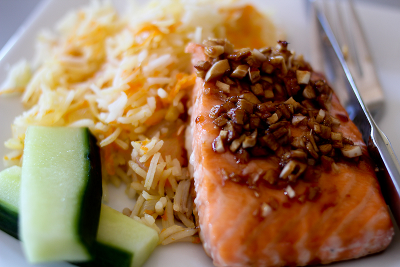 Asian salmon with gingered rice pilaf   Foodyear.net