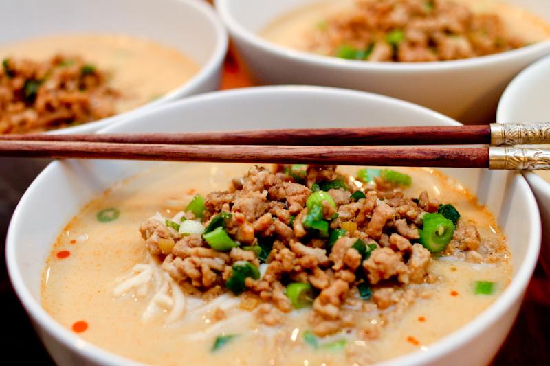 Spicy meaty tan tan noodles | Foodyear.net